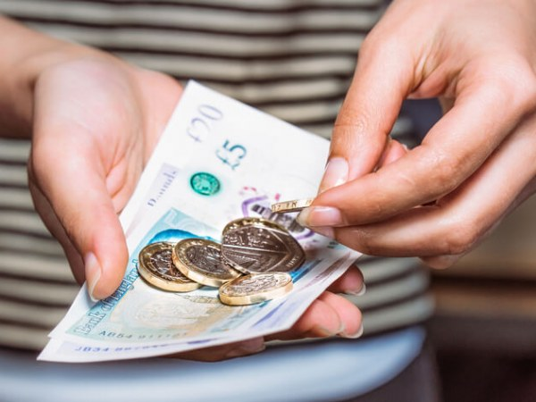 123: HMRC to enforce national minimum wage liabilities against transferees following TUPE transfers