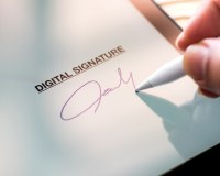 154: Are electronic signatures valid on legal documents?