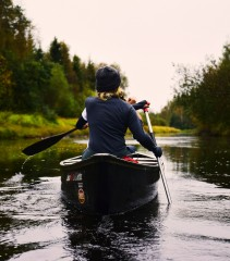 Britain's waterways: anglers and canoeists disagree over access rights